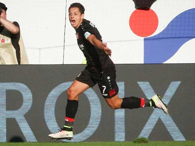 'Chicharito', el mejor jugador de la jornada en la Bundesliga
