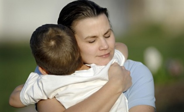 Para abandonar a un niño no hace falta dejarlo…