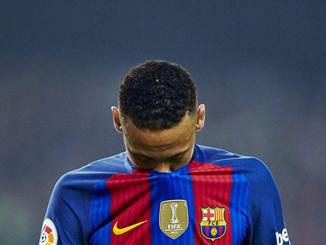 Fiscalía española pide 2 años de cárcel para Neymar