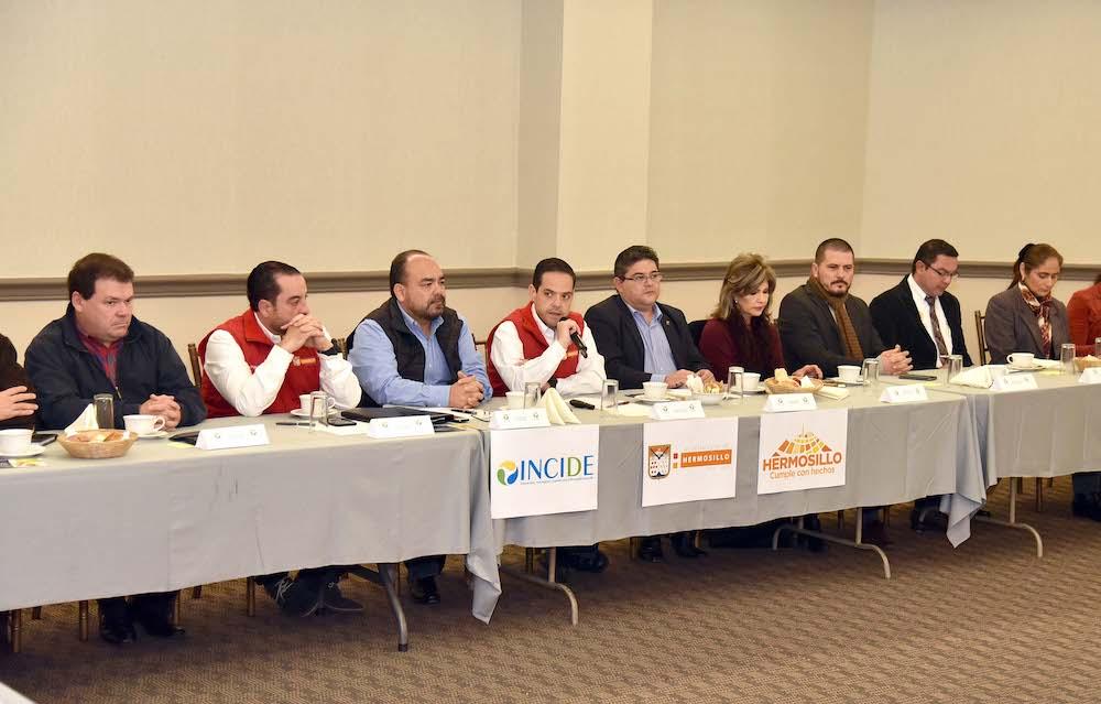 Reitera Maloro Acosta beneficios de concesión de mantenimiento de Alumbrado Público