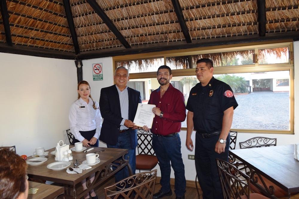 Entregarán 25 mil pesos trimestrales en apoyo a bomberos de Navojoa
