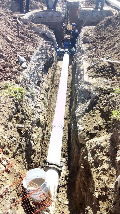 Concluye Aguah trabajos de interconexión de tubería en Camino del Seri