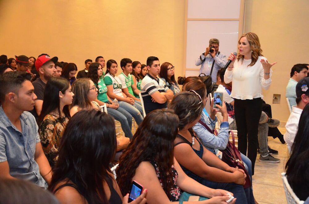 Vivir la política es trabajar de cerca y por las necesidades de la gente: Kiki Díaz Brown