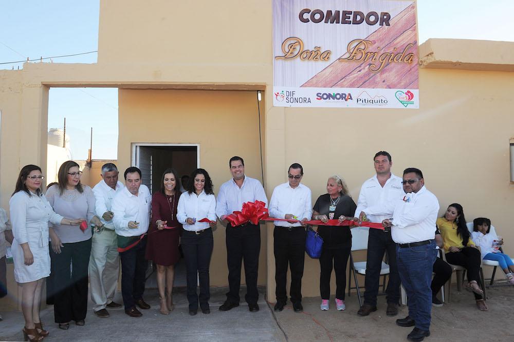 Llevan SEDESSON, DIF y DICONSA beneficios a Puerto Libertad