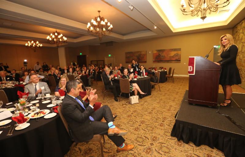 Promueve Gobernadora Pavlovich a Sonora ante empresarios de Arizona