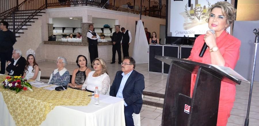 Reafirma Karina García compromiso con la educación