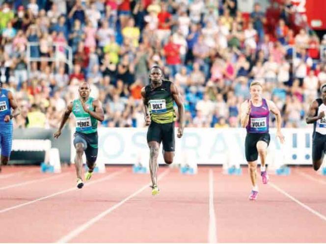 Bolt se impone con una marca lejana a sus mejores tiempos; triunfo opaco