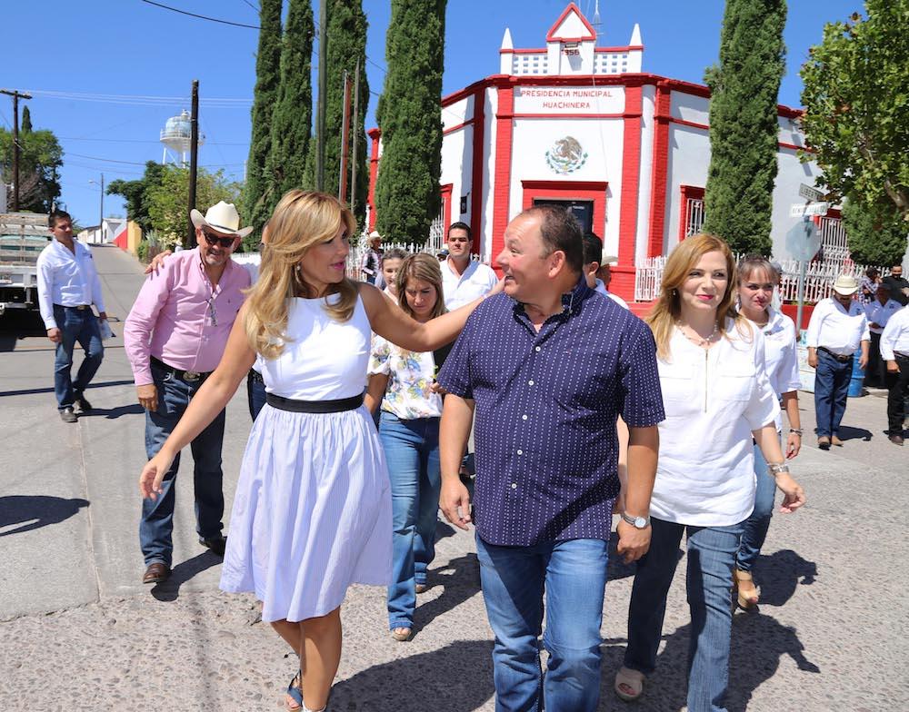 Entrega Gobernadora Pavlovich obras en Huachinera, Bavispe y Bacerac