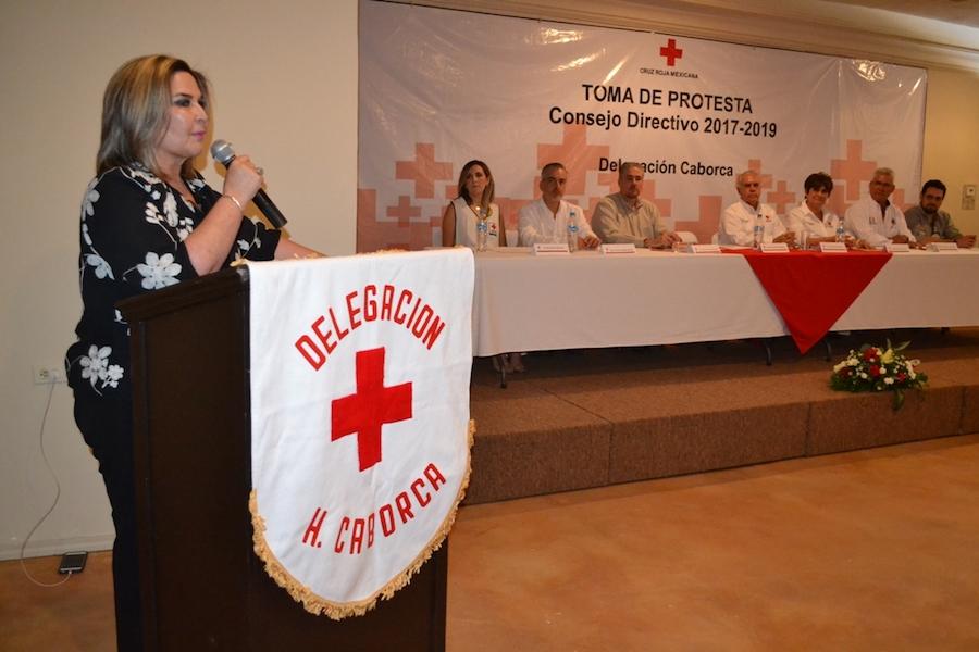 Alcaldesa Karina García toma protesta al nuevo consejo directivo de Cruz Roja