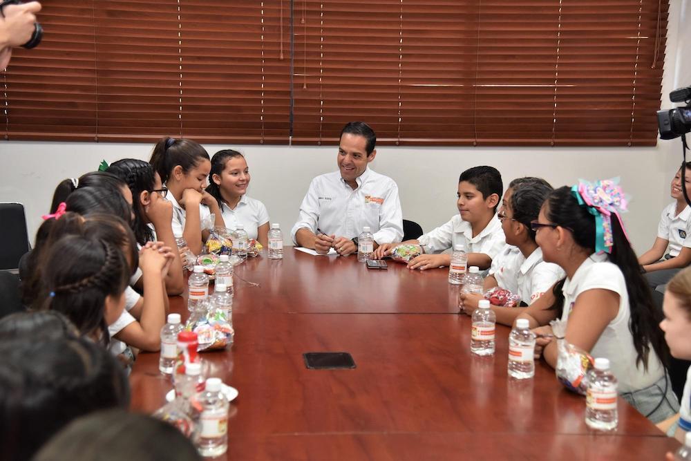 Recibe Maloro Acosta a integrantes del Cabildo Infantil 2017