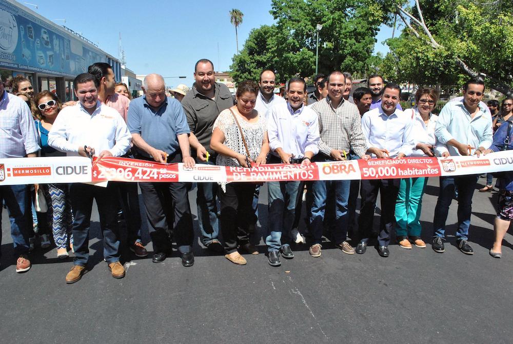 Entrega Maloro Acosta obras de pavimentación en el centro de la ciudad