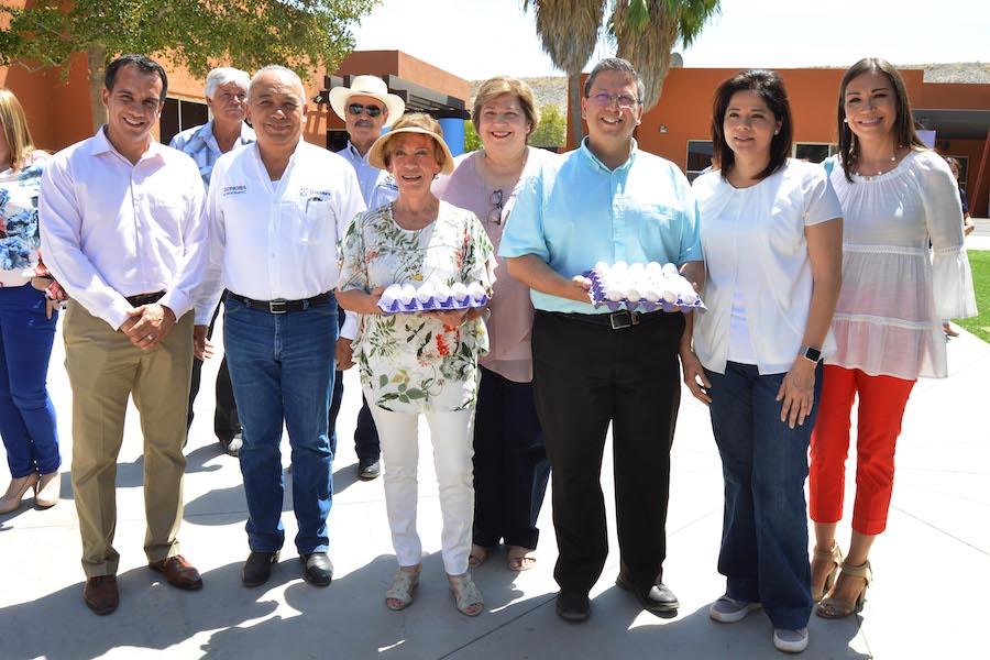 Inauguran DIF Sonora y SAGARHPA huertos y gallinero en Casa Hogar Unacari