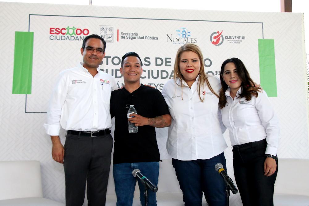 Motiva Tyson Márquez a jóvenes de Nogales a alejarse de las drogas y superarse