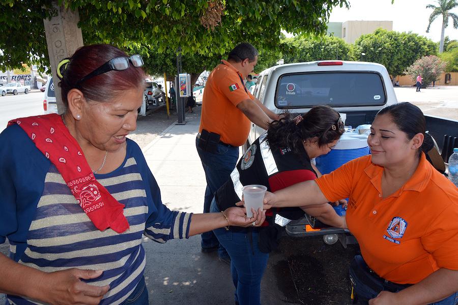 Lleva a cabo Unidad Municipal de Protección Civil de Cajeme jornadas de hidratación