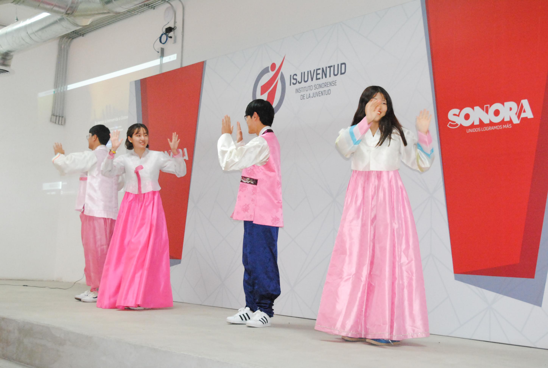 Jóvenes coreanos están interesados en conocer la cultura sonorense