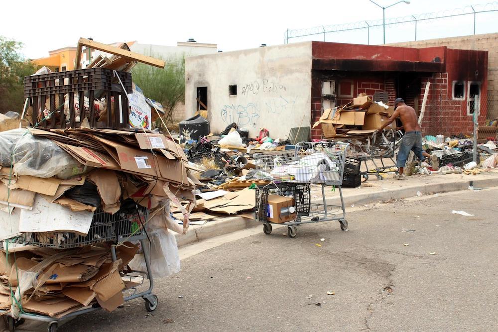 Recupera la UMPC más espacios con riesgo de incendios por acumulación de basura