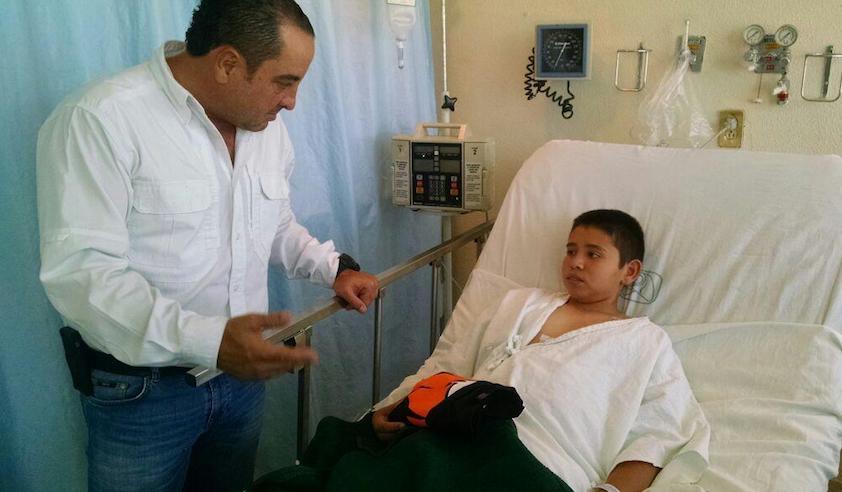 Agradece niño herido a policías que atraparon a su agresor