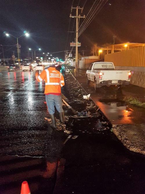 Atienden dependencias municipales 59 reportes de daños por lluvia del miércoles