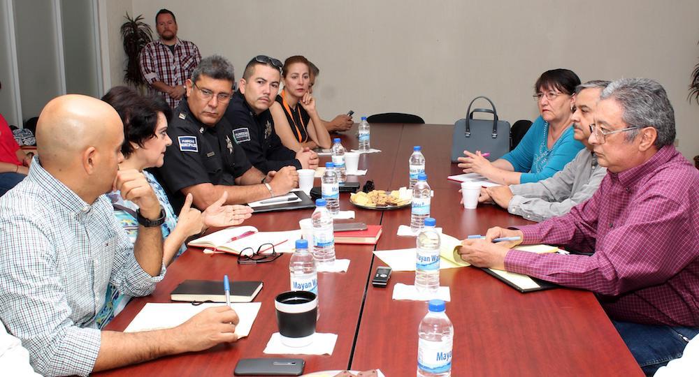 Reafirman acuerdos Ayuntamiento y habitantes de la colonia Modelo