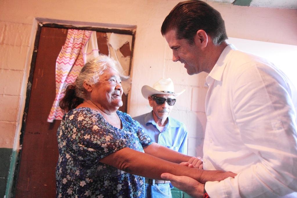 En la casa de Juanita, ya hay comodidad para su familia: Pano Salido