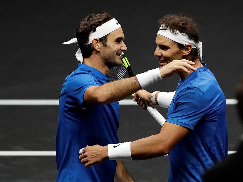 Nadal y Federer se divierten y ganan en dobles