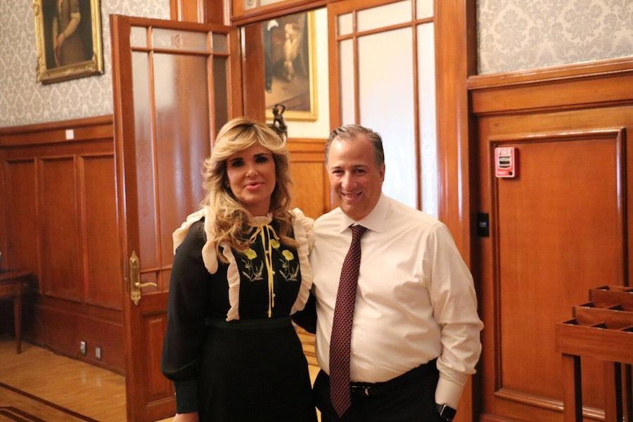 Se reúne Gobernadora Claudia Pavlovich con Secretario de Hacienda