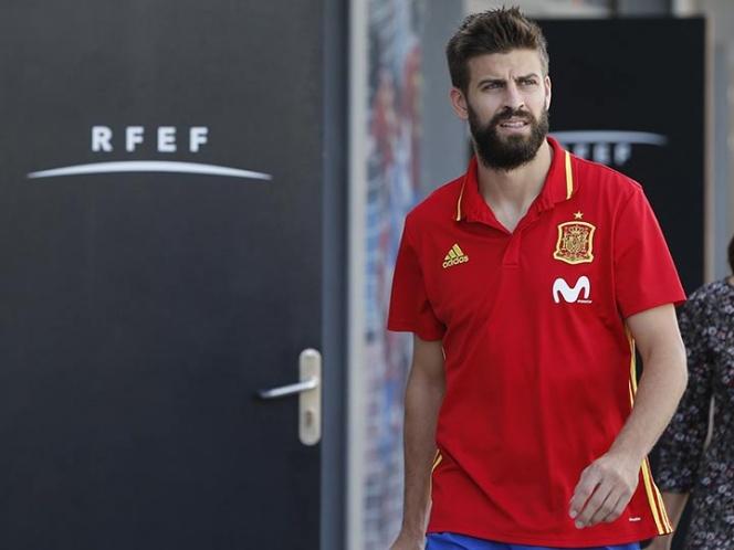 Piqué da sorpresas: seguirá con España y abrirá negocio con Ramos