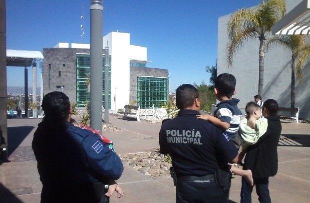 6 niños abandonados en Nogales ¿Alguien a cargo de esta agenda?