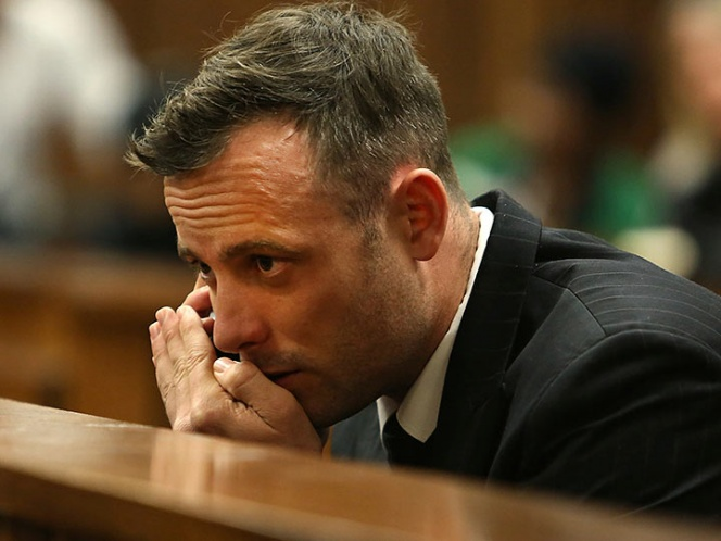 Pistorius resulta herido tras pelea en prisión