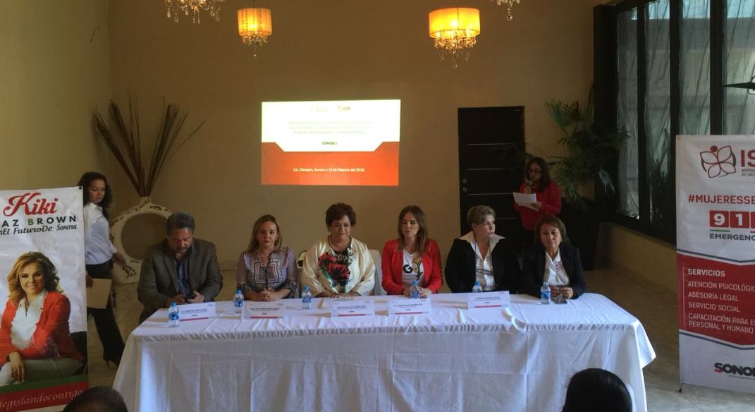 Inaugura Presidenta Municipal rehabilitación de la calle Doctor Noriega