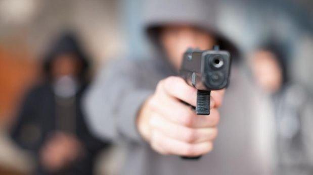 A punta de pistola robaron auto a MP, rápido lo recuperaron