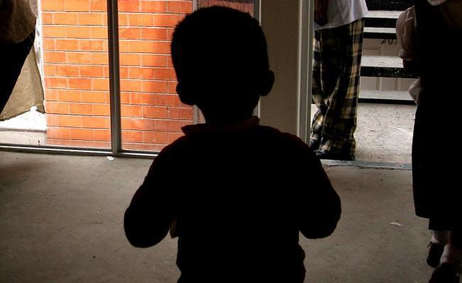 Murió niño de 2 años, con antecedentes de violencia