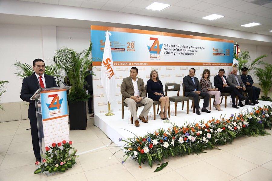 Gremio magisterial es pieza clave en la consolidación de la calidad de la educación pública: José Víctor Guerrero