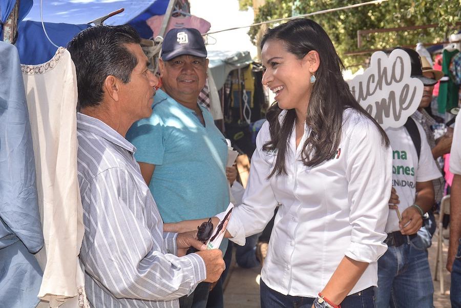 Gestionaré recursos extraordinarios para Cajeme: Anabel Acosta