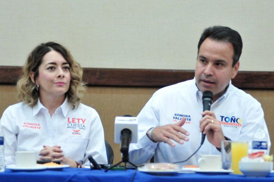 Invitan Toño y Lety a ciudadanos para reducir privilegios a políticos