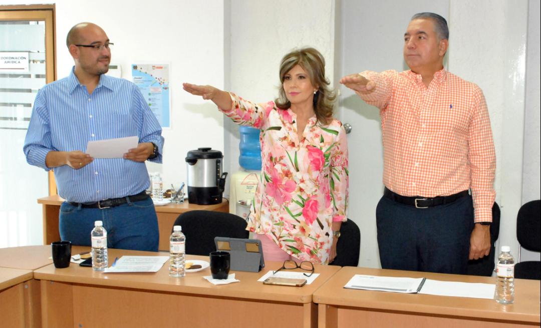 Protestan Angelina Muñoz y Eduardo Lemmen Meyer ante el Comité Técnico del Fondo para el Empleo