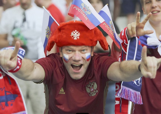 Rusia recibe multa de FIFA por insultos racistas