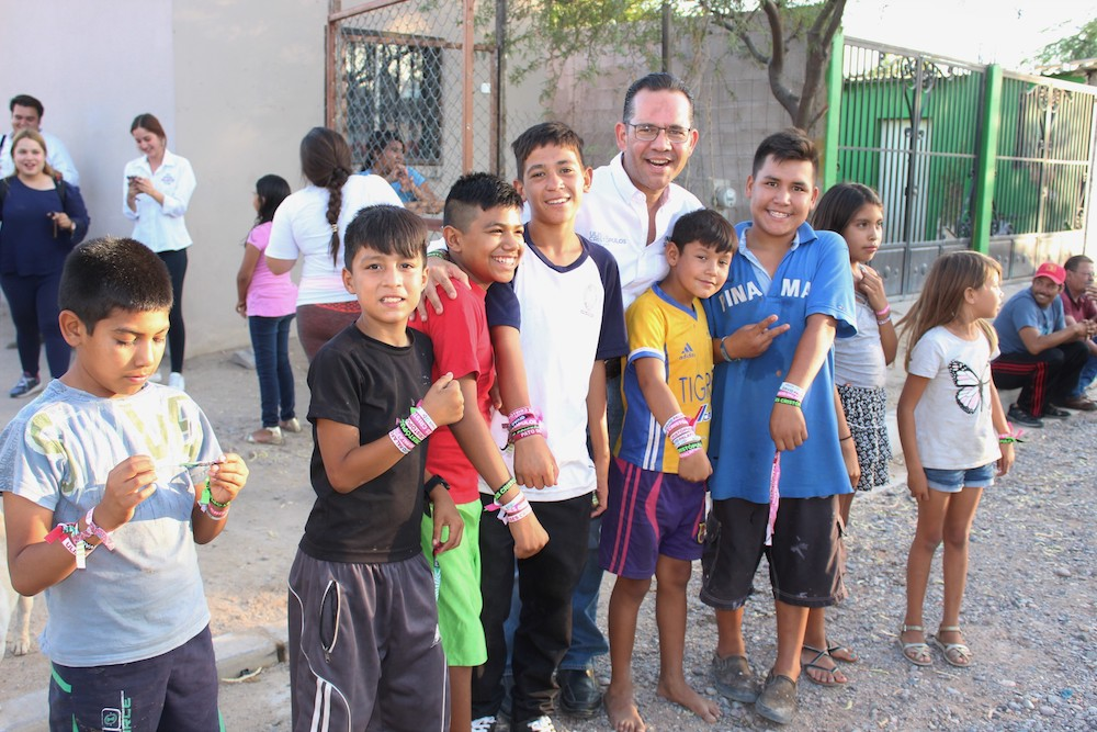 Impulsaré el programa de Becas para que todos nuestros niños y jóvenes tengan acceso a la educación: Ulises Cristópulos
