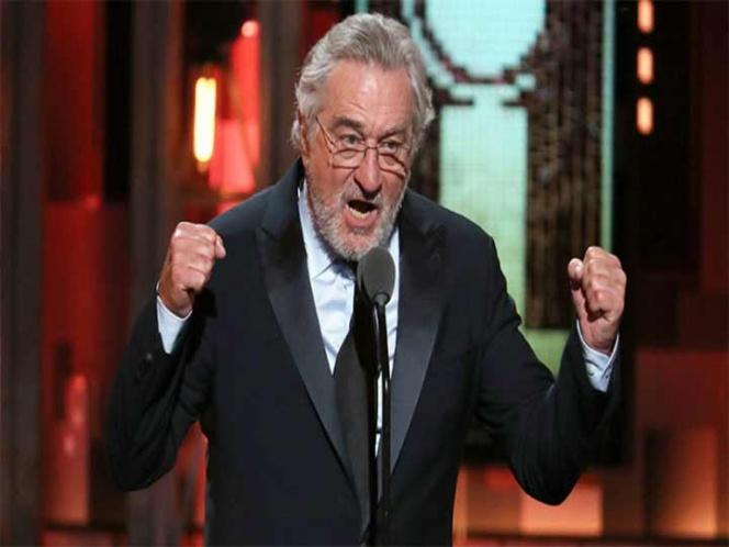 De Niro insulta a Donald Trump durante los premios Tony