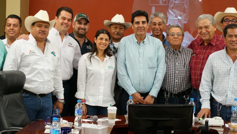 Establecen compromisos Sylvana Beltrones y Distrito de Riego del Yaqui