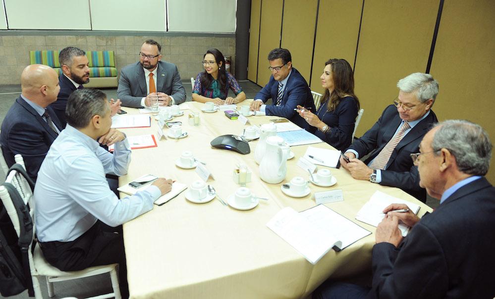 Realizan Reunión Interplenaria de la Comisión Sonora-Arizona
