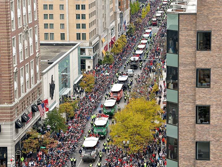 Boston celebra a sus héroes