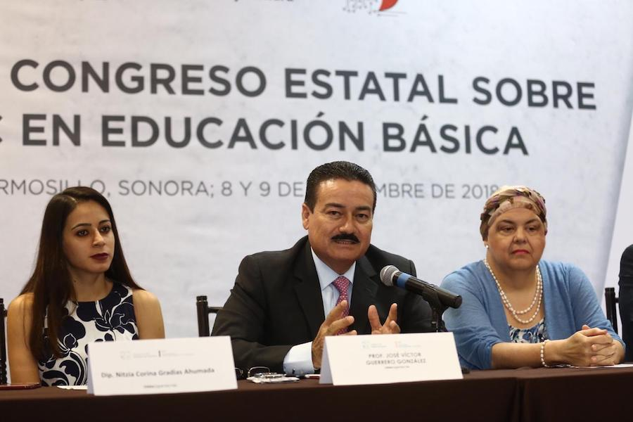 Sonora se consolida en el uso de tecnología en educación: Víctor Guerrero