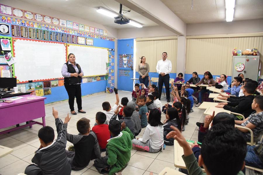 Busca Ayuntamiento de Hermosillo fomentar el reciclaje en niños de primaria