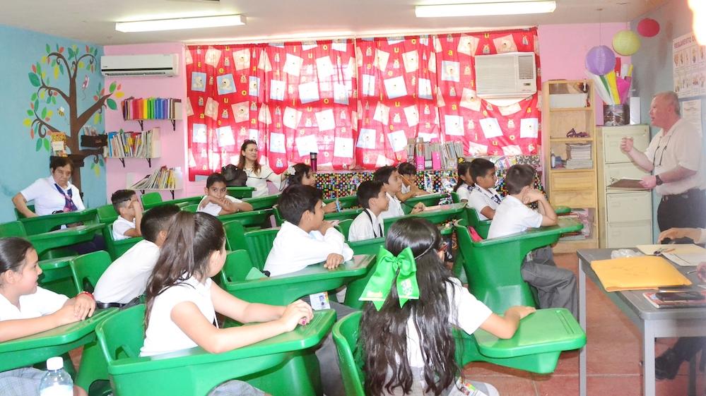 Fortalece SEC idioma inglés de estudiantes