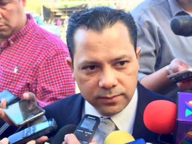 Vergüenza internacional alcalde de MORENA en Bácum: Ernesto De Lucas