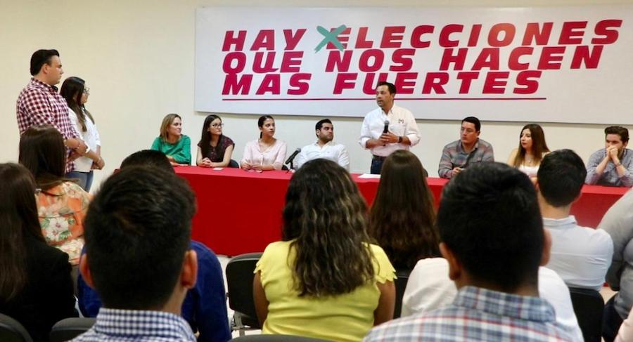 Ernesto De Lucas entregó constancia a fórmula electa RJXM Sonora