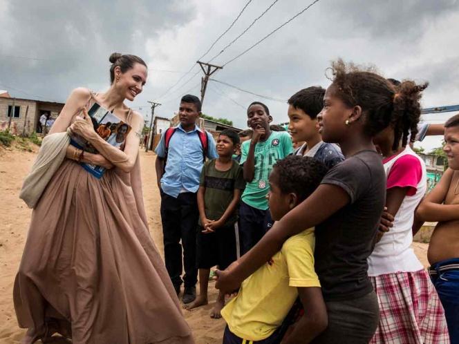 Angelina Jolie pide ayuda para niños venezolanos; '20 mil podrían ser apátridas'