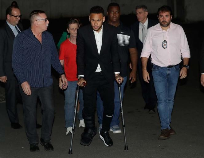 Neymar rinde declaración por más de cinco horas