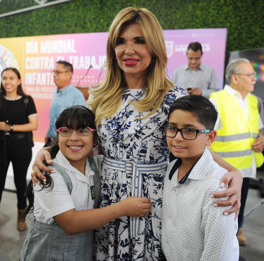 Las niñas y niños deben de trabajar sólo en sus sueños: Gobernadora Pavlovich